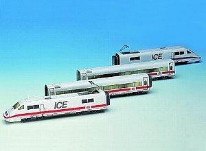 Aue Verlag 104x 4x 8cm Ice Train Model Kit (Ice-modell)