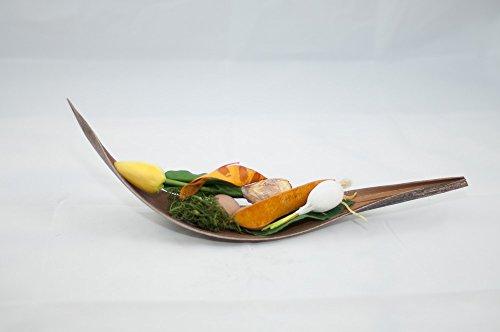 osterdeko-mit-gelber-tulpe