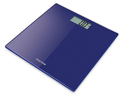 Salter's 9069 BK3R es una elegante escala ultrafina con una plataforma de vidrio negro resistente con una pantalla LCD fácil de leer. Esta escala mide tanto en métrico como en imperial, con paso a la lectura de peso instantáneo. La báscula también se...