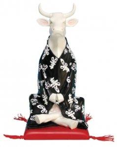 3f6aac0e51a CowParade – Vaca Cow Parade  Medium Mediating Cow 47720