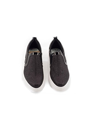scarpa nera MTNG 69748 Nero