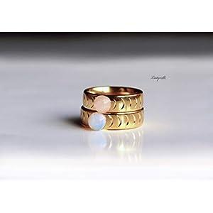 Band Ring goldfarben – Mondphasenring mit Halbmond und Vollmond aus Rosenquarz oder Opal