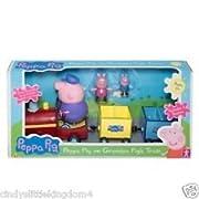 Compreso rimovibile Peppa Pig & George Pig, questo treno colorato ha due carrozze e suona melodia ben noti per bambini.