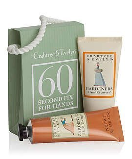 Crabtree Und Evelyn Gardeners Hand Therapy (Crabtree & Evelyn Gardeners - Mini 60-Second Fix Kit for Hands by Crabtree & Evelyn (English Manual))