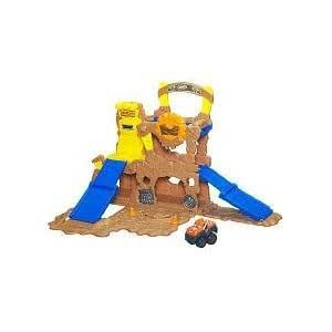 Tonka Chuck Fold N Go Biggs Mud Mountain - Two-level Mountain-themed Playset for Big Excitement! Jouets, Jeux, Enfant, Peu, Nourrisson