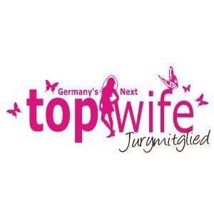 T-Shirt für den Junggesellinnenabschied mit dem Motiv Topwife – Jurymitglied swimming_pool