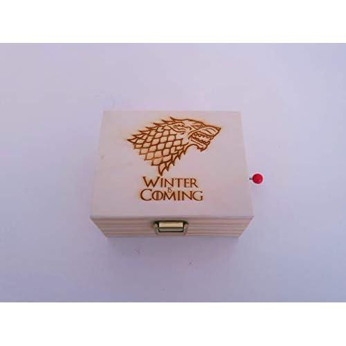Caja de música de madera de pino con el lobo de Juego de Tronos. Melodía de Juego de Tronos. Regalo ideal para los fans de la serie. 10