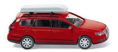 Preisvergleich Produktbild VW PASSAT VARIANT MIT DACHBOX WIKING 0650333 [Spielzeug]