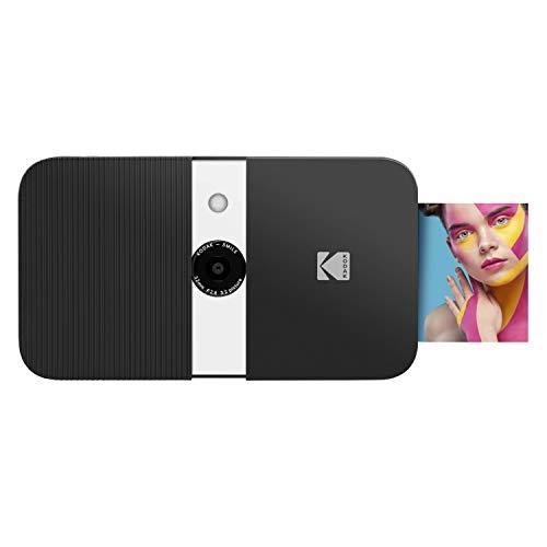 Oferta de KODAK Smile Cámara digital de impresión instantánea, Cámara de 10MP que abre al deslizarse c/impresora 2x3 ZINK, Pantalla, Enfoque fijo, Flash automático y edición de fotos, Negra/Blanca