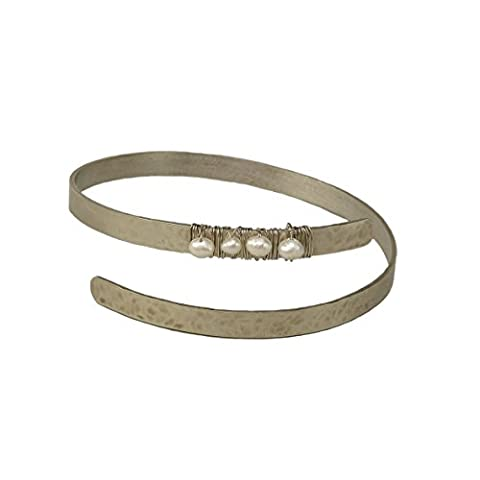 Custom silver tone alloy pearl Cuff bracelet 0.50 cms alpaca Handmade
