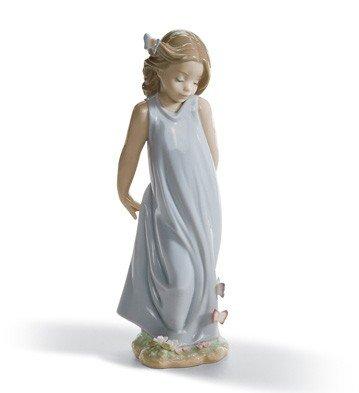 Lladro 1006963 Friend Of Butterflies Womens Handmade Porcelain Figure Figurine
