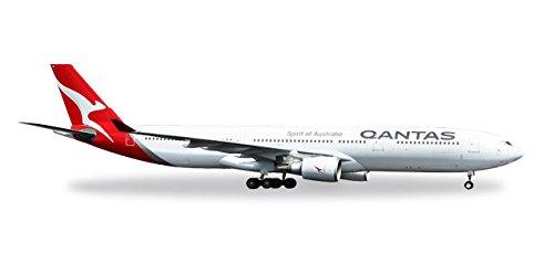 Herpa 558532 Qantas Airbus A330-300-new 2016 Colors-VH-QPJ, Flugzeug