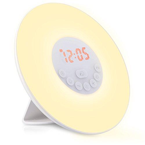 Navaris LED Lichtwecker Wake Up Light - Radiowecker Licht Wecker Digital Uhr Nachtlicht - Sunrise Tageslicht Beleuchtung mit USB Netzteil - weiß (Lcd-2-steckdose)