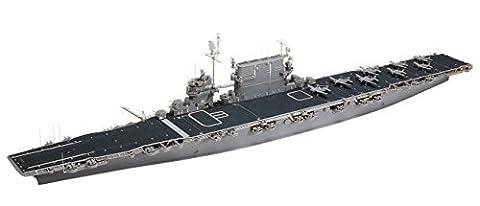 U.S. Navy Aircraft Carrier - CV-3 Saratoga - 1/700 Scale Model Kit