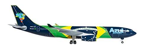 herpa-527163-azul-brazillian-airlines-airbus-a330-200-brazillian-flag-pr-aiv-nacao-azul-1500-diecast