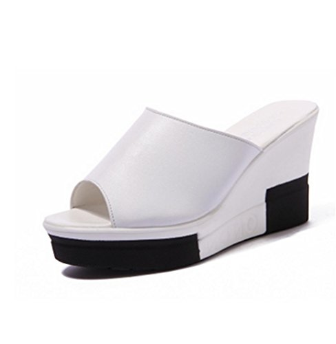 pengweiPendenti e pattini freddi calzano le scarpe casuali della spiaggia di estate di modo del tallone basso White