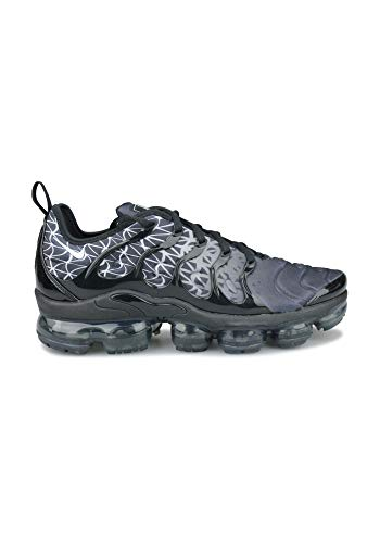 cheap for discount 109df 2e48e Nike Men s Air Vapormax Plus Track   Field Shoes, (Black White 000)
