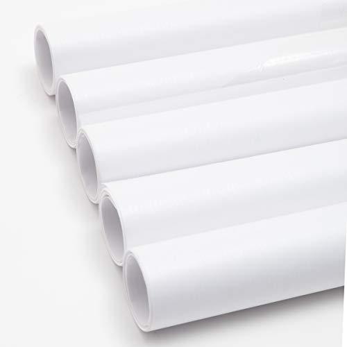 5 Rollen weißes Kraftpapier.