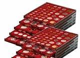 Lindner 2735 Münzenbox mit 35 quadratischen Vertiefungen für Münzen/Münzenkapseln mit Ø 36 mm-Rauchglas / dunkelrot