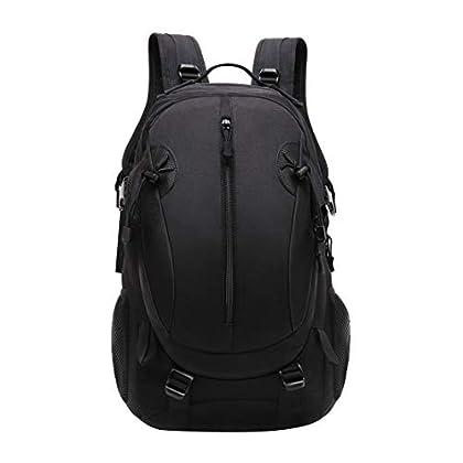 Las mejores mochilas para pasar tus días de campamento con amigos o familiares.