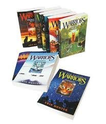 Erin Hunter's Warriors Series (#1-6) : Into the Wild - Fire and Ice - Forest of Secrets - Rising Storm - A Dangerous Path - The Darkest Hour (Children Book Sets : Grade 4 and Up) by Erin Hunter (2005-08-02)