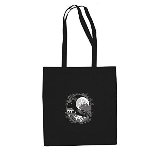 Studio Ghibli Kostüm - Planet Nerd Nachbar Ornament - Stofftasche/Beutel, Farbe: schwarz