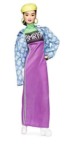 Barbie GHT95 BMR1959 Streetwear Signature bewegliche Puppe br/ünett mit neonfarbenem Kleid und Jeans Jacke inkl Accessoires und Puppenst/änder