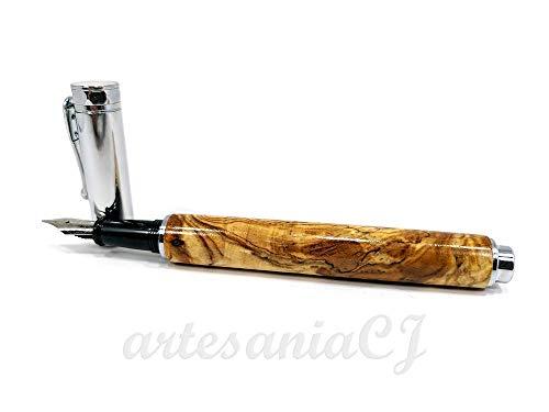 Personalizada con la madera que tu elijas. Estilográfica elaborada a mano con madera de Castaño o raíz de Olivo y tapa magnética