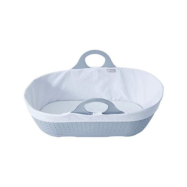 Tommee Tippee Sleepee Baby Moses Basket and Rocking Stand Grey Tommee Tippee Safe, modern, portable baby moses basket, perfect to keep your newborn baby nearby as they sleep, day or night. your sleepee moses basket comes with complete with mattress, liner and rocking stand. Choose static or rocking position, the curved base on the stand allows you to gently rock your baby to sleep and features adjustable safety stops to give you the option of rocking or keeping it still. Easy to clean, the sleepee moses basket can be cleaned with warm soapy water. the water-resistant mattress cover is wipe clean and machine washable. the 100 % cotton liner is machine washable. 6
