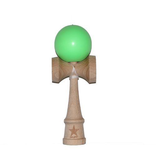 Super Kendama Green with Glow in Dark Ball And Extra String (Glow Dark-string The In)