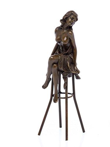 Bronzeskulptur Akt Frau auf Barhocker Bronze Figur Skulptur Sculpture antik Stil