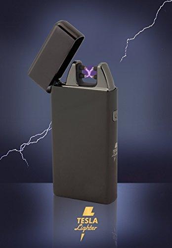 TESLA Lighter T05 | Lichtbogen Feuerzeug, Plasma Double-Arc, elektronisch wiederaufladbar, aufladbar mit Strom per USB, ohne Gas und Benzin, mit Ladekabel, in Edler Geschenkverpackung, Schwarz