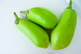 100 pcs Aubergine Graines Légumes Graines Noir Violet Jaune Vert Blanc Aubergine Graines Mélange Couleurs pour Home Garden, 2, As Show in Description