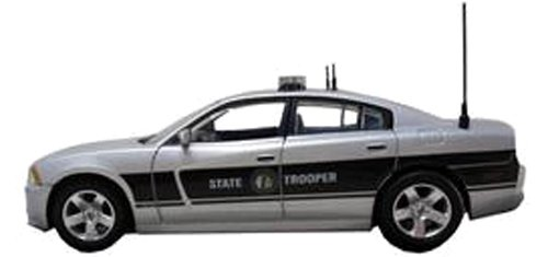 first-response-1-43-2012-dodge-charger-police-north-carolina-highway-patrol-japan-import