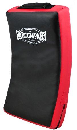 Bad Company Kicking Shield I Großes Schlag- und Trittpolster für den Kampfsport I Makiwara mit mehrschichtiger Polsterung I Schwarz-Rot -