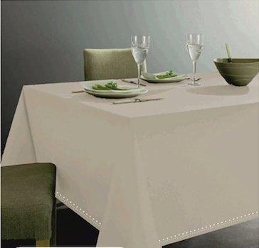 Goldenhome tovaglia color avorio in 100% cotone per tavolo da 8-10 persone. altissima qualitˆ. bordo lavorazione gigliuccio. misure 140 x 240 cm