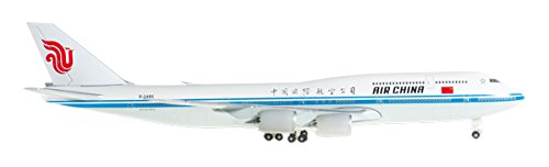 herpa-527231-air-china-boeing-747-8-inercontinental-b-2485-1500-diecast-model