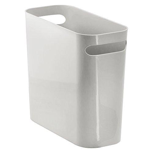 InterDesign Una Papierkorb mit Griffen, Abfalleimer aus Kunststoff für Büro, Küche oder Bad, hellgrau (Jonathan Adler Bad)