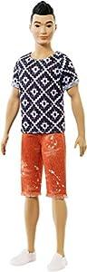 Barbie Fashionista - Muñeco Ken asiático con pantalón naranja (Mattel FXL62)