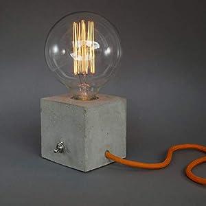 """""""cubo"""" Betonlampe. Tischlampe. Tischleuchte."""