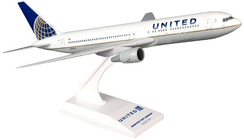 skymarks-skr726-united-airlines-boeing-767-300-1200-snap-fit-model