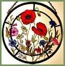 Dekorativer Fensterschmuck/Sonnenfänger, handbemalt, Buntglas, Motiv: Kokarde Sonnenfänger in a Cornfield Blumen. (Blumen-buntglas)