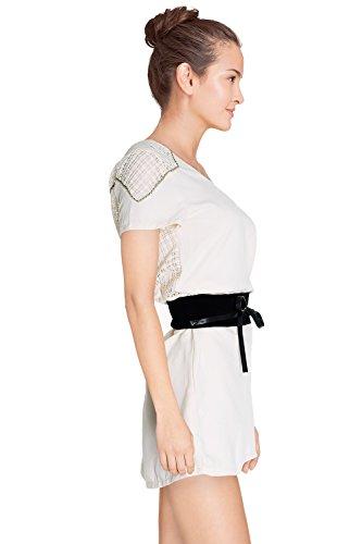 Robe femme col V avec empiècement dentelle et ouverte dans le dos Roxton – Manches Courtes – Cherry Paris – Disponible en 2 couleurs : Noir Ecru Ecru