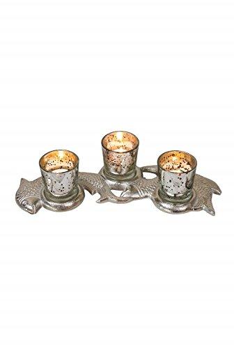 Trio-Kerzenhalter auf Gartenbank Fische
