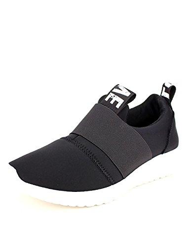 Cendriyon Basket toile noire LOVE IT'S Chaussures Femme