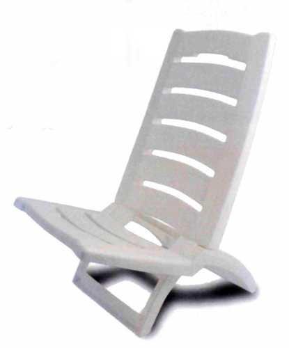 Spiaggina in resina colorata sedia per mare e campeggio (bianca)