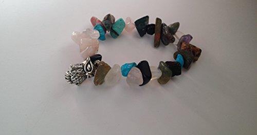pulsera-surtida-de-piedras-con-amuleto-de-buho
