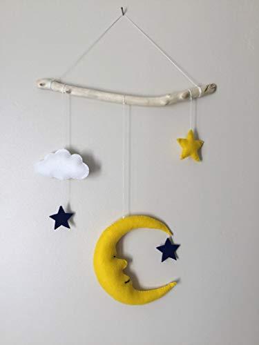 Mobile bébé, lune, nuage, étoiles.