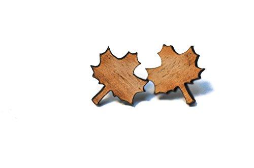 Ahorn Kirschbaum (Handgearbeitete Ahorn Ohrstecker aus massivem Holz)