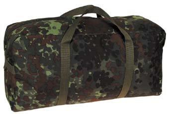 BW Sporttasche flecktarn 47x23x15 cm